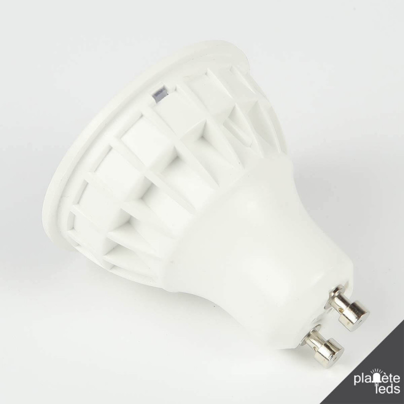 ampoule led gu10 blanc chaud angle large 120. Black Bedroom Furniture Sets. Home Design Ideas